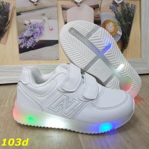 Кроссовки белые на двух липучках со светящейся подошвой led подсветкой 26-31