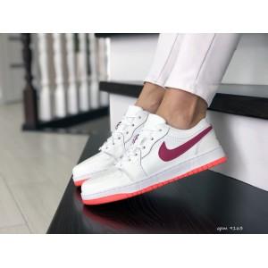 Женские кроссовки Nike Air Jordan 1 Low,белые с розовым