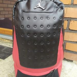 Баскетбольный рюкзак с отделом для мяча Air Jordan Retro 13 Black/Red