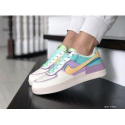 Женские кроссовки Nike Air Force,бежевые с мятным