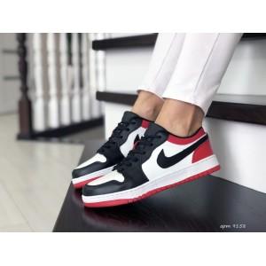 Женские кроссовки Nike Air Jordan 1 Low ,черно белые с красным