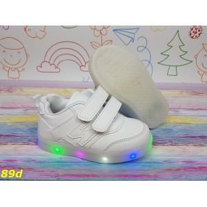 Детские белые кроссовки на липучках светящиеся Led подсветка 26-31р