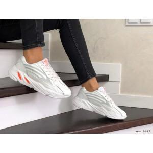 Женские (подростковые) кроссовки Adidas Yeezy Boost 700,белые