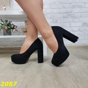 Туфли на широком толстом каблуке с платформой замшевые