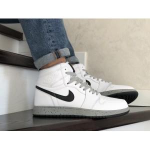Кроссовки Nike Air Jordan,белые с серым.