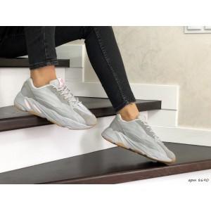 Женские кроссовки Adidas Yeezy Boost 700,серые