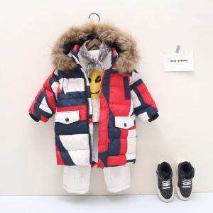 Куртка-пуховик детская Геометрия, красный Berni