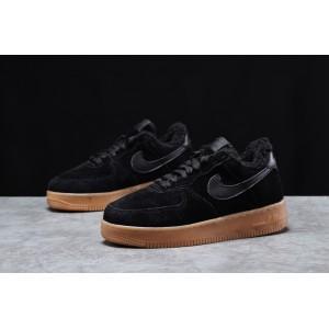 Зимние женские кроссовки 31741, Nike Air AF1 (мех), черные, [ 38,5 ] р. 38,5-5=24,5см.