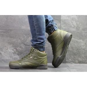 Высокие зимние кроссовки Reebok,темно зеленые,на меху