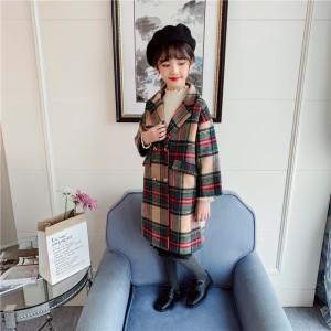 Пальто для девочки демисезонное Бусина Berni