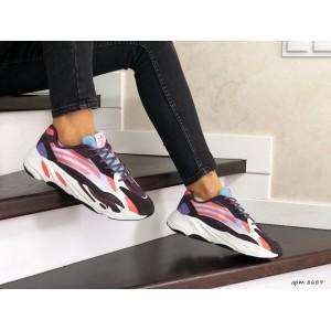 Женские кроссовки Adidas Yeezy Boost 700,фиолетовые